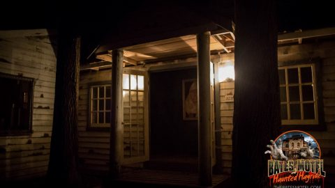 asylum-haunted-hayride