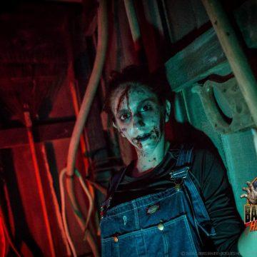 hillbilly-girl-zombie-bates-motel