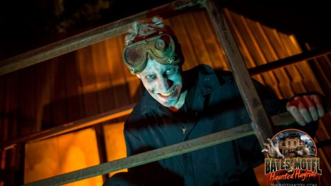 industrial-zombie-haunted-hayride