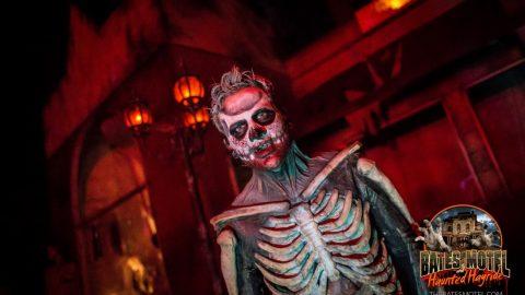 skeleton-zombie-haunted-hayride